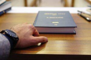 Адвокат в гражданском процессе