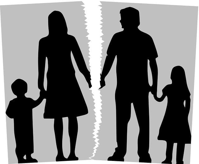 Стоит ли обращаться к юристу при разводе